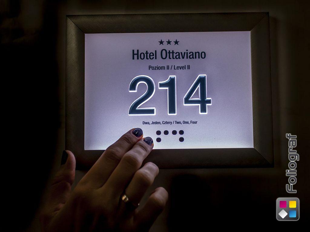 Wykorzystanie druku UV do druku wypukłego alfabetem Braille'a